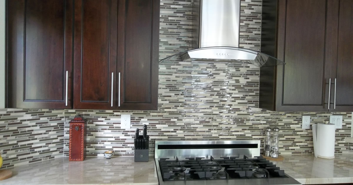 glasstilebacksplash